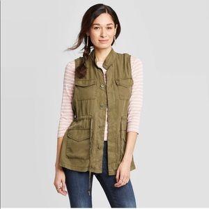 🔥F21  army green vest 🔥